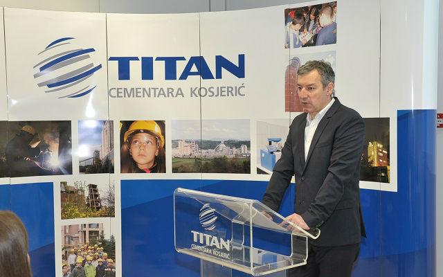 Titan 1