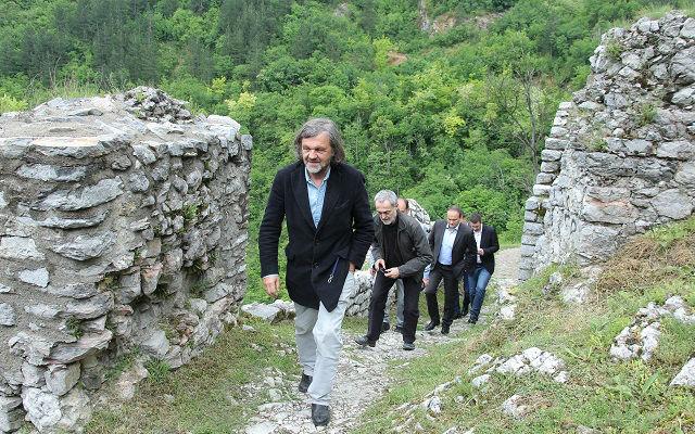 Stari grad Kusturica 4