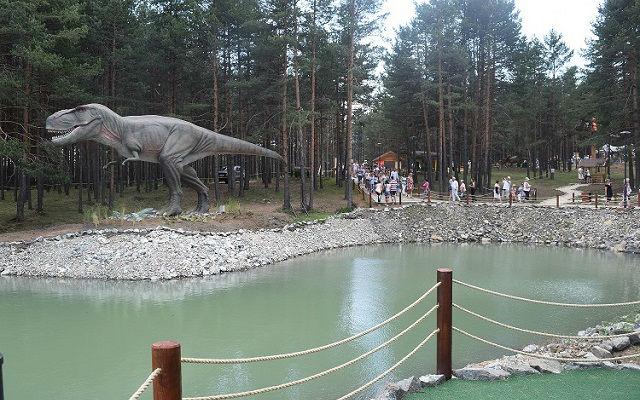 Dino park 10
