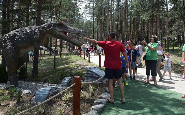 Dino park 9