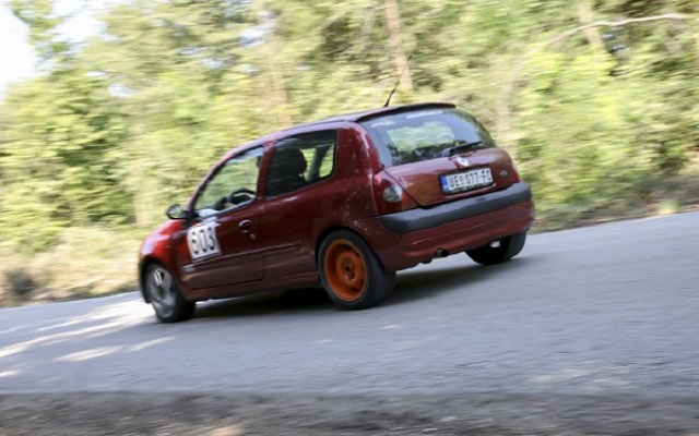 autoslalom automobil1