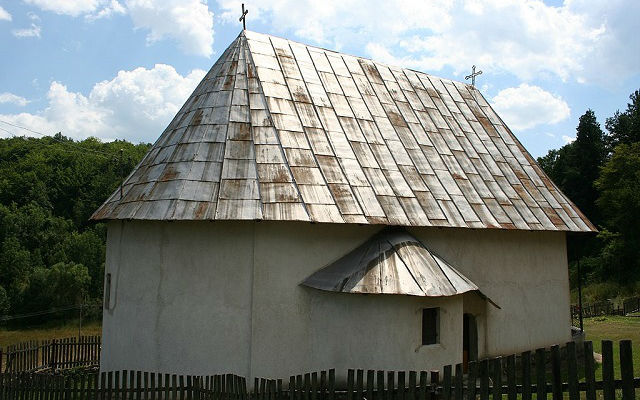 Stapari crkva 2