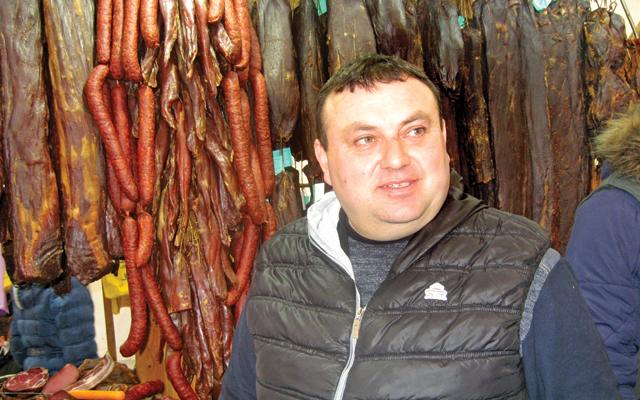 foto-3-Rade-Sopalovic,-zlatna-medalja-za-svinjsku-prsutu