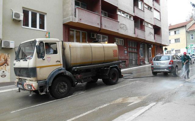 Pranje ulica 1