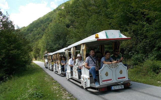 Turisticki vozic 05