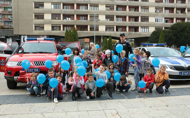 Deca i policija 3