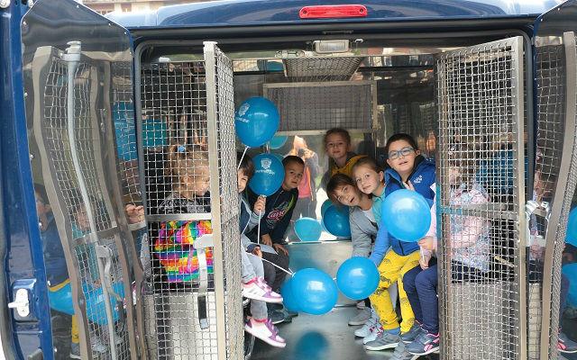 Deca i policija 4